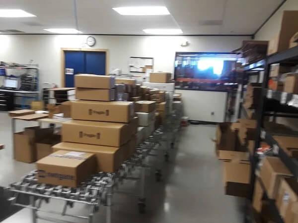 Full Shipping Conveyor