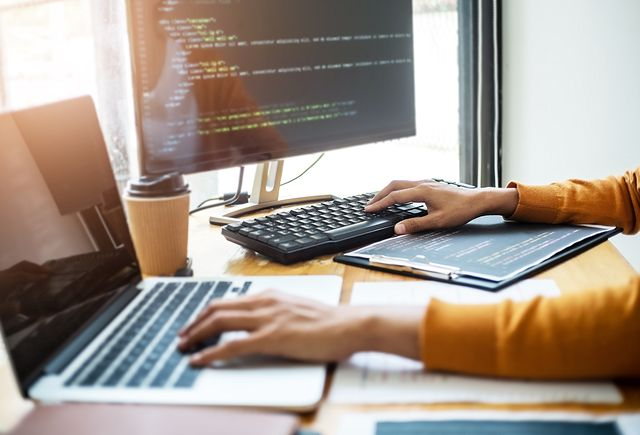 software-engineers-640x435